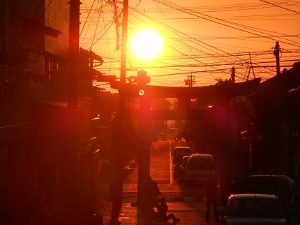 今日のぬくみ(2015/10/18)宮司嶽神社と夕日